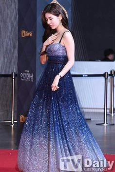 Suzy from miss A Miss A Suzy, Lee Hyun Woo, Blue Gown, Bae Suzy, Korean Actresses, Korean Model, Korean Beauty, Beautiful Gowns, Kpop Girls