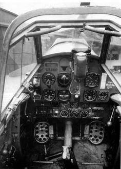 Cockpit de un Messerschmitt Ww2 Aircraft, Fighter Aircraft, Military Aircraft, Luftwaffe, Me 109, Fighter Pilot, Fighter Jets, Aircraft Interiors, Ww2 Planes