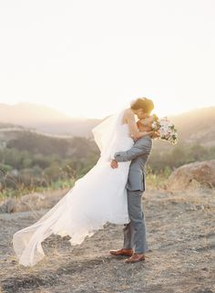 Triunfo Creek Vineyards Wedding Photography, captured by Caroline Tran in this romantic and dreamy photoshoot.