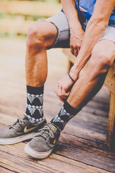 There is something about runners with pull up socks that's so beautiful.