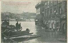 Nas duas primeiras imagens que se seguem, vemos o efeito da grande cheia do Douro ocorrida em 1860. Clique nas imagens para as ampliar ... Ponte Pensil, Rio, Porto City, Douro, Cool Photos, Amazing Photos, Old Pictures, Portuguese, Salvador