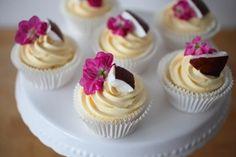 Coconut Island-Cupcakes