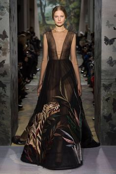 """Lakmé, viens dans la forêt profonde"", Payne grey tulle dress embroidered with a scene of vegetation and exotic animals in multicoloured satin"