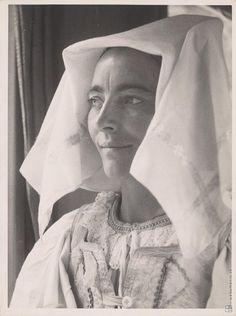Slovakia,Miloš Dohnány: Mona Lisa z Pohronia:1930 - 1950