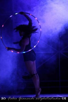 LED hoop performance Led Hula Hoop, Led Hoops, Spin Out, Flow Arts, Still Waiting, Spinning, Dancing, Concert, Recipes