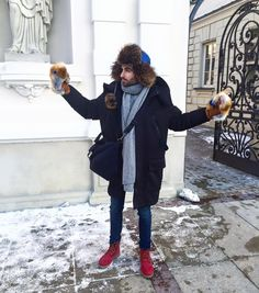 Blogger Vanitas with Mostro hat and Massa gloves by GENA