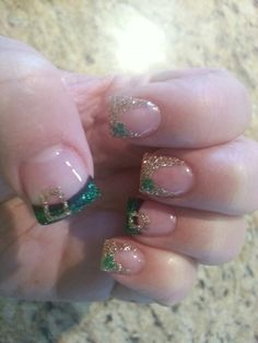 St Patrick's Day nails