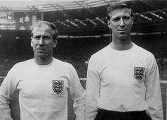 England kits: Bobby And Jack Charlton - przystojniaki