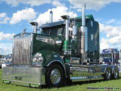 Images from the 2013 Brisbane Convoy for Kids of Transport's custom Kenworth Train Truck, Road Train, Show Trucks, Big Rig Trucks, Custom Big Rigs, Custom Trucks, Scania V8, Heavy Duty Trucks, Automobile