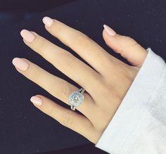 Vera Wang Halo Engagement Ring