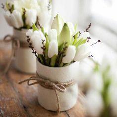 tolle weiße Tulpen als Dekoration Sponsored Sponsored great white tulips as decoration Flower Decorations, Table Decorations, Home Decoration, Deco Floral, Art Floral, White Tulips, White Vases, White Flowers, Spring Home Decor