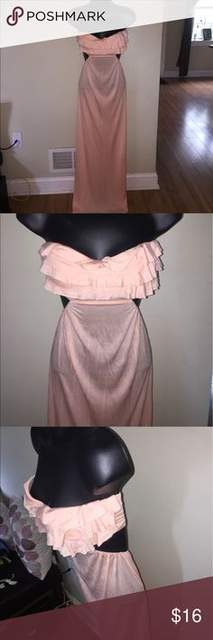 Victoria's Secret Maxi with built in bra! VS maxi with built in 32 C bra. Size is XS/S even though only size on dress is the bra size. Complete with cut out sides and cut out back (see photos). Dresses Maxi