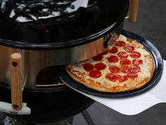 """BBQ Pizza Grill Kettle Kit: """"Sizzle.  Grizzle.    Mmmmm. The smells.  Like peach bells.    Crunch!  Munch!"""""""
