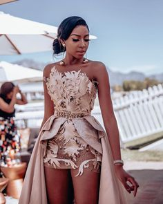 Blue Mbombo Looks Mini Cape Gown Is Fascinating Stunning Prom Dresses, Cute Prom Dresses, Glam Dresses, Event Dresses, Pretty Dresses, Beautiful Dresses, African Fashion Dresses, Classy Dress, Look Fashion