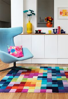 A Rainbow Playroom - Getting creative with colorful decor. Colorful Decor, Colorful Interiors, Colorful Rugs, Magazine Deco, Rainbow Room, Rainbow Colors, Tapis Design, Rainbow Decorations, Interior Decorating