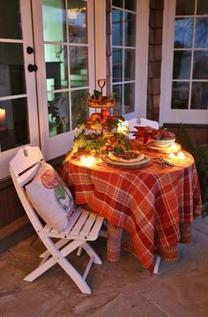 Rattlebridge Farm: The Forest Feast Gatherings with the Novel Bakers Part II