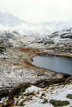 Find Your Epic: A Winter Hike up the Miners' Track - www.beautifullytravelled.com  The one thing that trumped everything else we did in Snowdonia was our Winter Hike up the Miners' Track to Mount Snowdon.  #winter #snow #sports #hiking #travel #uk #wales #snowdonia