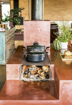 Basic Kitchen Area Concepts For Inside or Outside Kitchen areas – Outdoor Kitchen Designs Dirty Kitchen, Basic Kitchen, Outdoor Kitchen Design, Kitchen Decor, Kitchen Ideas, Kitchen Styling, Rocket Stoves, Outdoor Cooking, Home Kitchens
