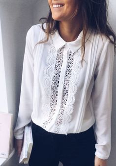 Discover recipes, home ideas, style inspiration and other ideas to try. Bluse Outfit, Böhmisches Outfit, Kurta Designs Women, Blouse Designs, Hijab Fashion, Fashion Outfits, Hijab Stile, Couture, Lace Tops