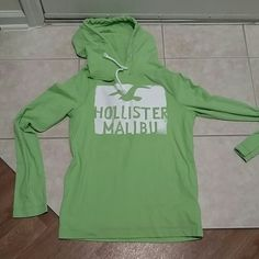 Hollister hoodie Hollister hoodie. Pretty green. Size large. Great condition. Nice and thin and soft Hollister Sweaters Crew & Scoop Necks