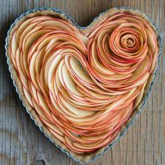 Apple tart heart. Zippertravel