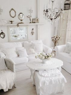 white shabby chic living room with vintage decor Living Room Decor Country, French Country Living Room, Shabby Chic Living Room, Shabby Chic Kitchen, Country Decor, Modern Country, Shabby Chic Interiors, Shabby Chic Homes, Shabby Chic Furniture