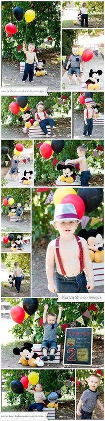 mickey mouse photo shoot ideas , kid poses , mickeymousephotosession #mickeymousephotoshootideas #2yearoldbirthdayphotosession #outdoorphotography