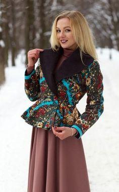 Купить пальто из павлопосадских платков. Пошив пальто на заказ. Пальто из посадских платков в магазине Радэлия. Радэлия