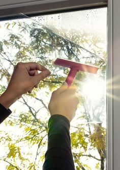 Film vitrostatique, incolore / transparent, 2 m x m Sticky Vinyl, Dc Fix, Protector Solar, Mirror Effect, Static Cling, Inspire Others, Sun Protection, Perth, Vinyls