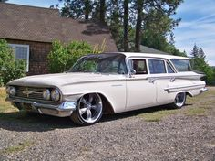 1960 Chevrolet Parkwood Station Wagon - even the station wagons were cool back then.