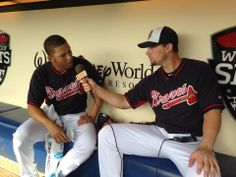 Chris Johnson tries his hand at interviewing Andrelton Simmons