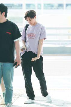 Fashion Idol, Kpop Fashion, Airport Fashion, Street Fashion, Taeyong, Jaehyun, Place Of Birth, Ten Chittaphon, Nct Ten