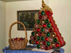 How to Recycle: Christmas Ornaments from Toilet Paper Rolls