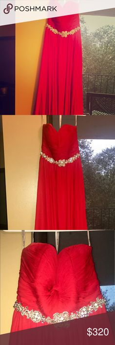 Jovani red 100% silk gown Jovani 100% silk gown  $320 or best offer  Purchased for $660 Worn once to a military ball  No alterations were made  Size 8  Moving to Denmark the end of the month and looking to clear out my closet Jovani Dresses Prom