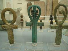 Cosas que me gustan: El símbolo Ankh: La Cruz Ansada o la Llave de la Vida
