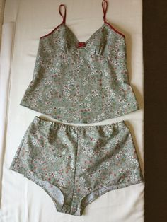 Emma's floral Fifi with small bust adjustment (SBA) - sewing pattern by Tilly and the Buttons