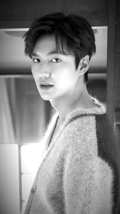 Asian Actors, Korean Actors, Lee Min Ho Wallpaper Iphone, Ji Chang Wook Photoshoot, Lee Min Ho Photos, New Actors, Kdrama Actors, Boy Pictures, Most Beautiful Faces