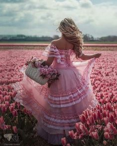 Photography flowers field ana rosa ideas for 2019 Flower Girls, Flower Girl Dresses, Dress Girl, Tulip Fields, Everything Pink, Glamour, Photo Projects, Lany, Pink Aesthetic
