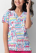 Dickies Mock Wrap Top #scrubs #uniform #nurses #pediatric #print