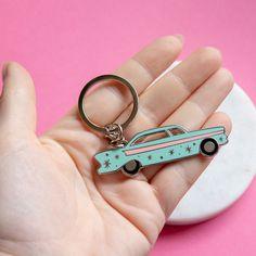 Mid Century Car Key Chain - Vintage Car key ring - car key ring - vintage gift - cute key ring - new car gift - palm springs Vintage Gifts, Vintage Cars, Car Tags, Cute Car Accessories, Car Key Ring, Gifts For Dentist, Cute Cars, Key Rings, Jewelry Crafts