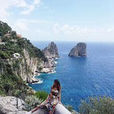 Can I stay here forever?  #lovelypepa #capri #lovelypepatravels #dgbeauty #lightbluejourney #dglightblue  @dolcegabbana by lovelypepa
