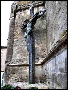 Soual Eglise Sainte Sigoléne - Crocifisso della Trinità