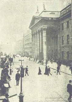 Old Time Photos, Old Pictures, Irish Independence, Irish People, Photo Engraving, Dublin City, Irish Celtic, Dublin Ireland, Old Postcards