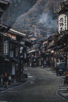 Post town of Narai along the Nakasendo Trail, Kiso. - Post town of Narai along the Nakasendo Trail, Kiso. Aesthetic Japan, Japanese Aesthetic, City Aesthetic, Cultural Architecture, Japanese Architecture, Street Photography, Landscape Photography, Travel Photography, Beautiful World