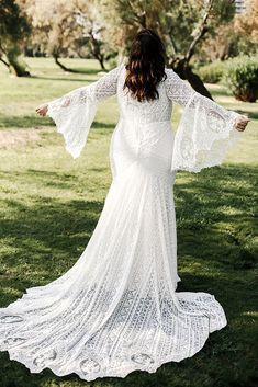 Rustic bohemian plus size wedding dress with gorgeous bell sleeves and mermaid skirt from Studio Levana. size wedding dresses simple Home - Studio Levana - Couture Wedding Gowns Plus Size Wedding Gowns, Country Wedding Dresses, Bohemian Wedding Dresses, Black Wedding Dresses, Wedding Dress Sleeves, Lace Sleeves, Bell Sleeves, Couture Wedding Gowns, Gown Wedding