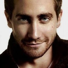 Jake Gyllenhaal.....I realized I had a mad crush on him when Jarhead came out.