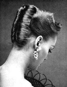 Todays 1950s hair inspiration.