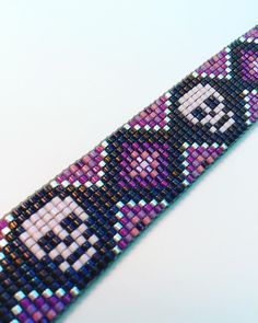 off loom beading stitches Loom Bracelet Patterns, Seed Bead Patterns, Bead Loom Bracelets, Jewelry Patterns, Beading Patterns, Beading Ideas, Beading Supplies, Bead Loom Designs, Beadwork Designs