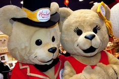 Hamleys toy store opens in Cardiff! Woohoo!
