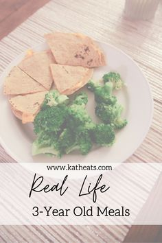 Ever wanted to know what a 3 year old eats? Here are real meals that Mazen eats and how I'm working to get him to eat real food. Hair Growth Home Remedies, Home Remedies For Acne, Natural Remedies, Positive Body Image, Health Motivation, Real Food Recipes, Healthy Living, Health Fitness